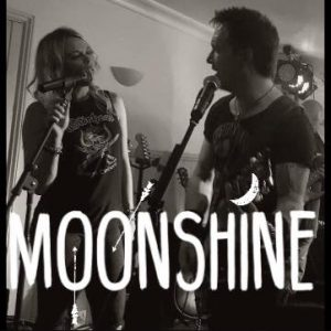 Moonshine Duo at Tres Palmeras @ Tres Palmeras