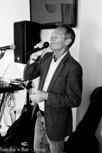 Karaoke with Ian Hunt at Sandra's Bar @ Sandra's Bar | Xàbia | Comunidad Valenciana | Spain